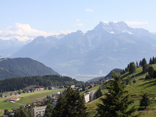 Village Camp Leysin