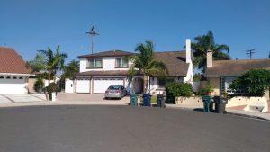 Grown street, typická ukázka amerického způsobu bydlení.