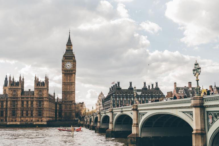 BREXIT financování studia v Anglii s nástupem v září 2019 neovlivní