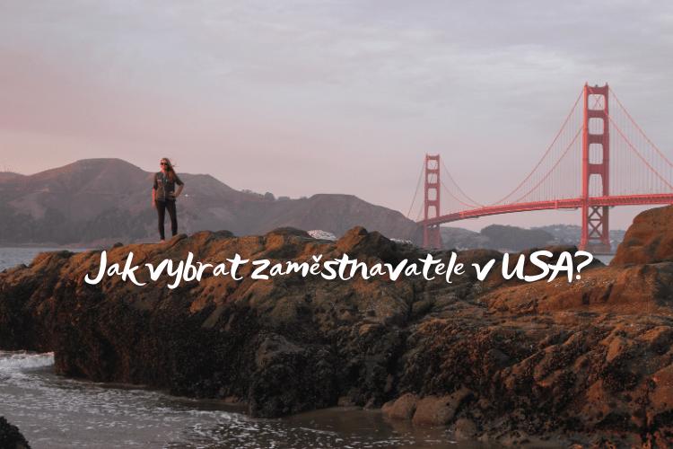 dívka u Golden Gate Bridge